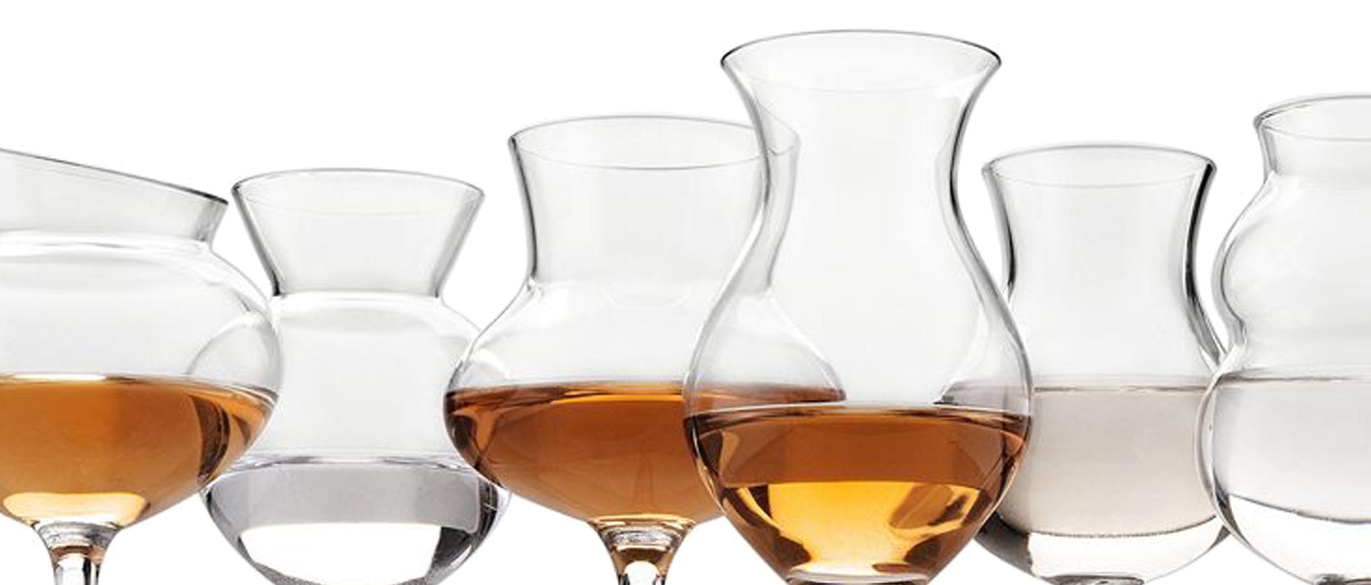 https://www.romabeercompany.it/wp-content/uploads/2019/07/distillati-750x400.png
